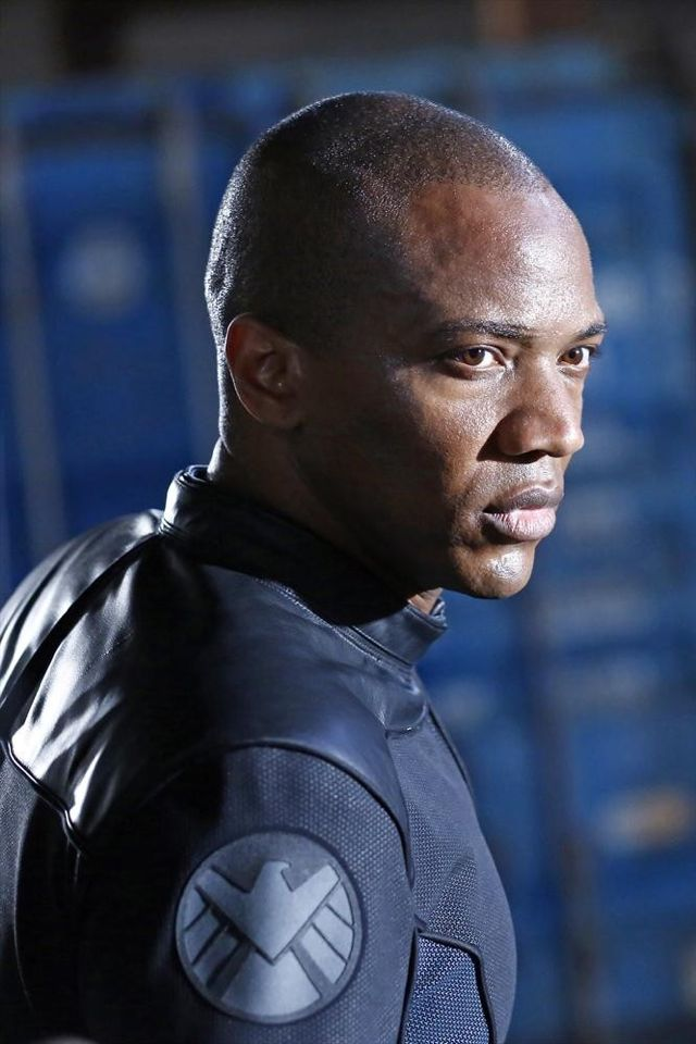 joining S H I E L D  and  Agents Of Shield Deathlok Leg